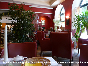 Cafe Maislinger in Bad Goisern - Der Pfannengucker Dr. Michael Populorum
